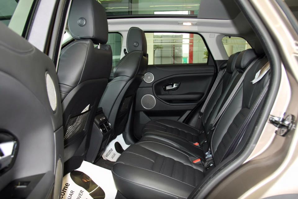 Nội thất xe Range Rover Evoque 07