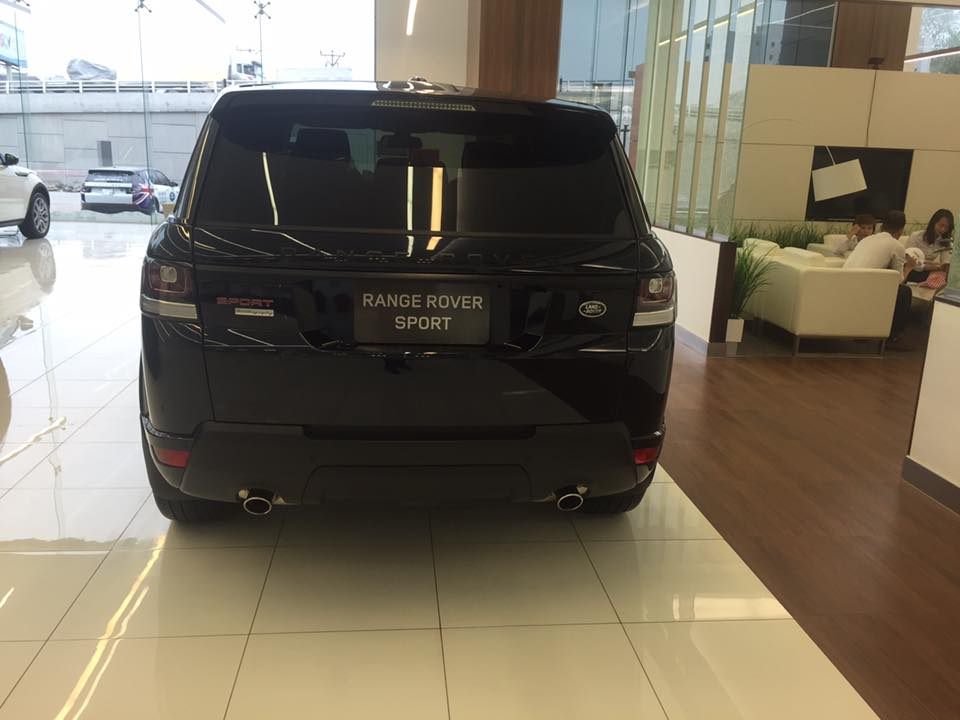 Xe Land Rover Range Rover Sport Autobiography màu đen 02