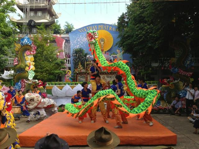 IMG 1972%252520%25252818%252529 Đại lễ Phật đản PL 2557 tại Tu viện Quảng Hương Già Lam