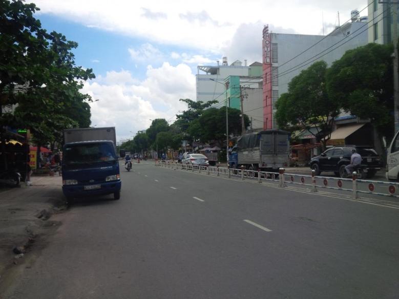Nhà Mặt Tiền Đường Nguyễn Sơn Quận Tân Phú 01