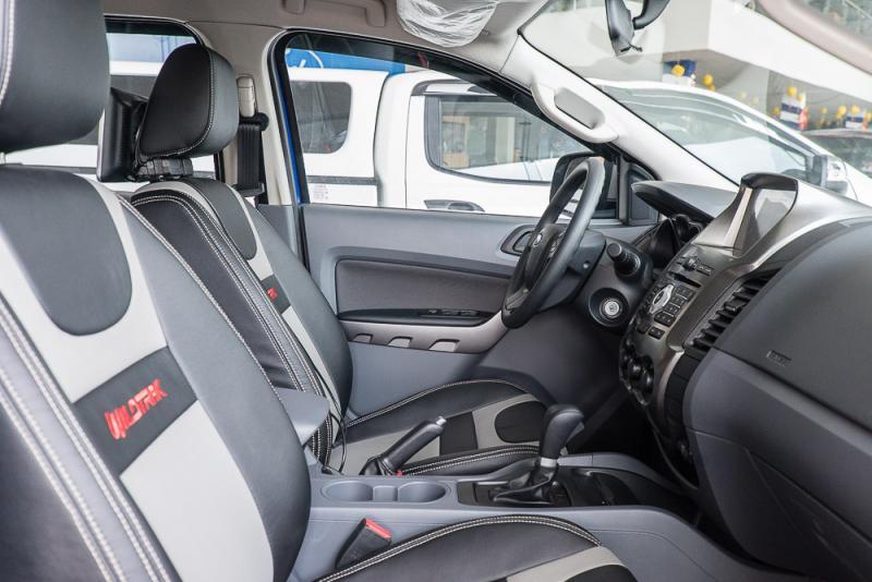 Nội thất xe Bán Tải Ford Ranger Hoàn Toàn Mới 04