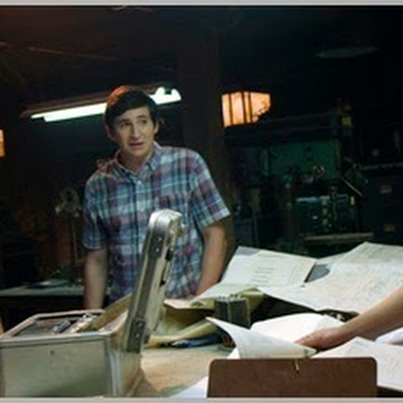 "Michael Bay-Produced ""Project Almanac"" Reveals Trailer"