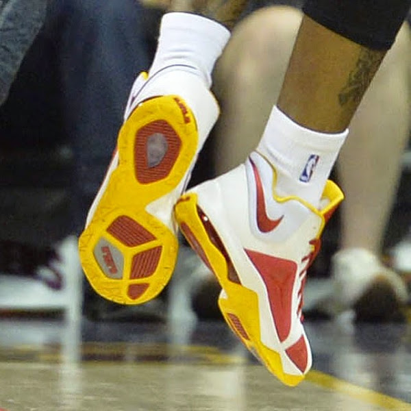 Mike Miller and J R  Smith Spotted in Nike Ambassador 7 PEs