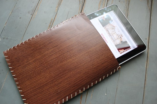 DIY Faux Wood iPad Sleeve Tutorial