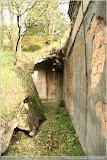 Hallenwand/Durchgang