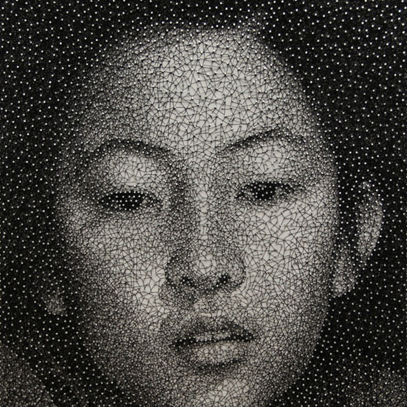 Portraits Made by Wrapping a Single Thread Around Nails by Kumi Yamashita