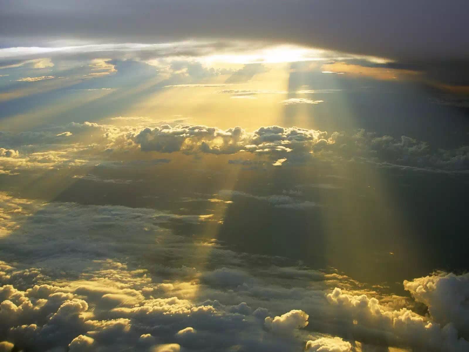 Phải vâng lời Thiên Chúa hơn vâng lời người phàm