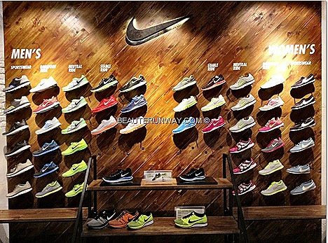 NIKE Mens Women shoes running track limited edition jogging lightweight, tennis sprinting soccer sport apparel innovative digital products NIKE   INNOVATIONS SPORT ZOOM SPIKES FLYKNIT PRO TURBOSPEED DESIGN TECHNOLOGY performance