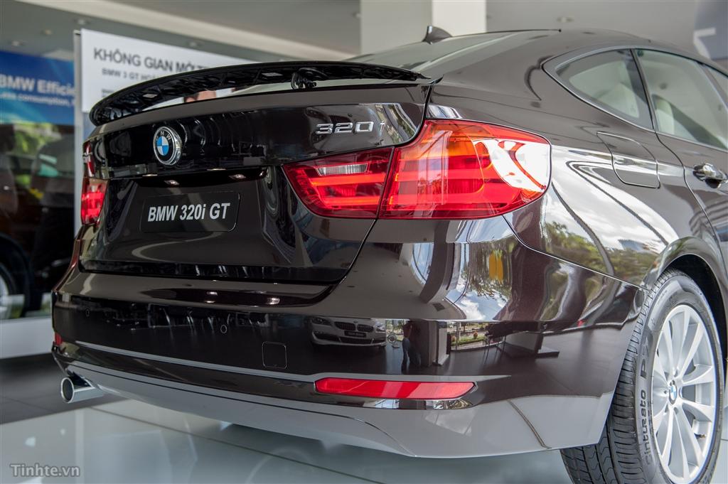 Xe BMW 320i GT 04