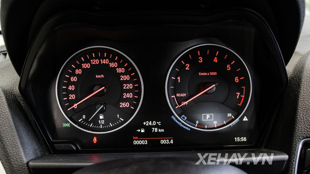 Xe BMW 118i 012
