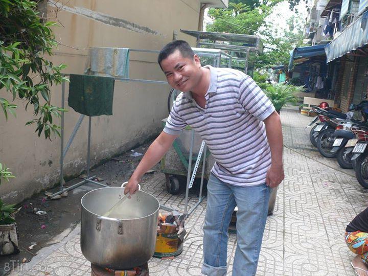 Sáng chủ nhật ngày 19/7/2015 Đồng Cảm đã nấu 300 phần cơm