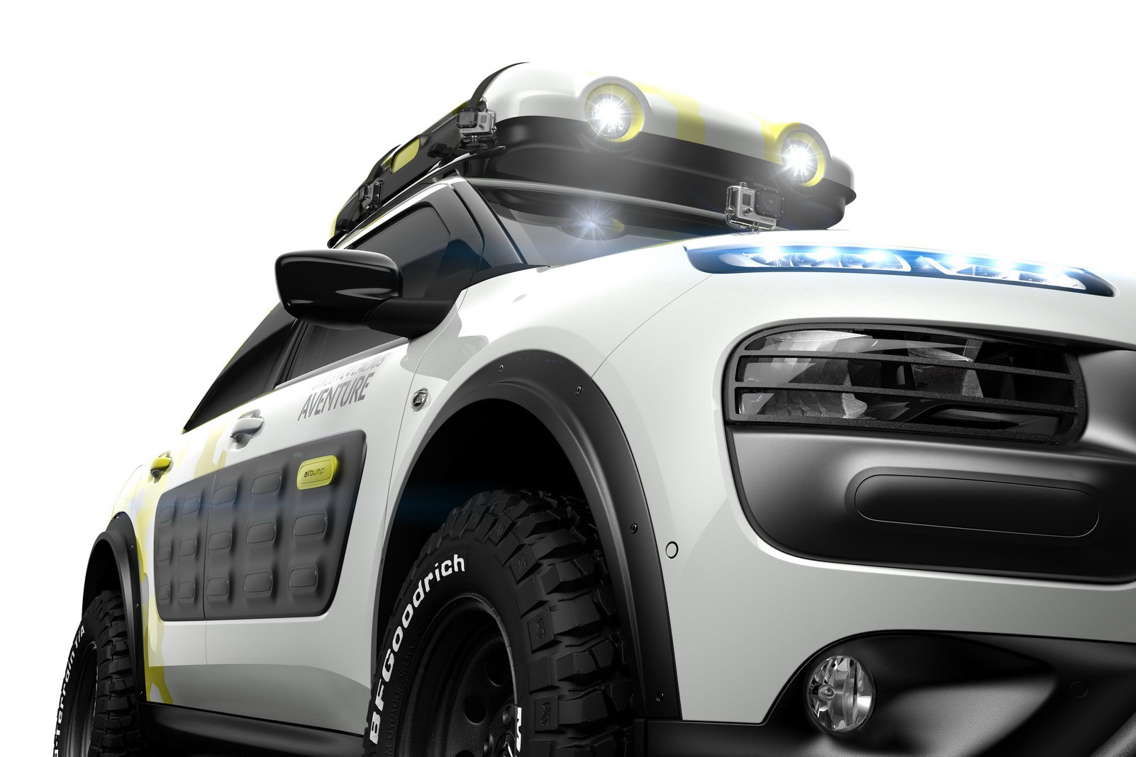[Resim: 2014-Citroen-C4-Cactus-Aventure-4.jpg]