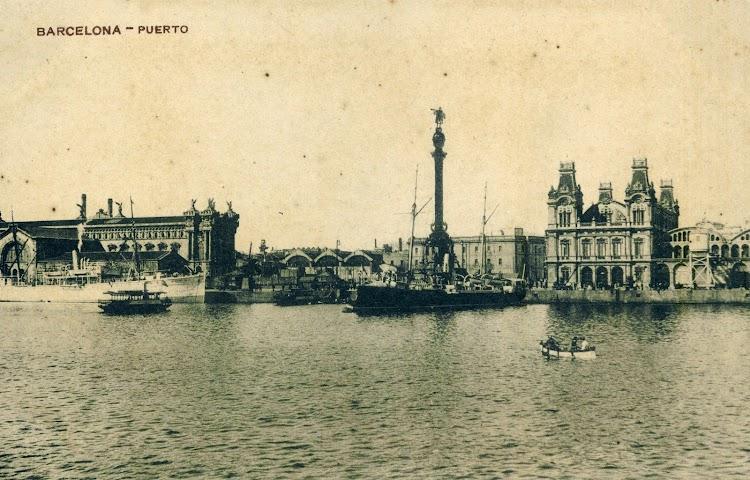 Posiblemente el BALEAR atracado en el puerto de Barcelona. Se aprecia también una de las Golondrinas de turismo interior del puerto y un cañonero de la Armada. Postal.jpg