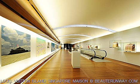 Louis Vuiiton Singapore Island Espace Travel art and bag displays