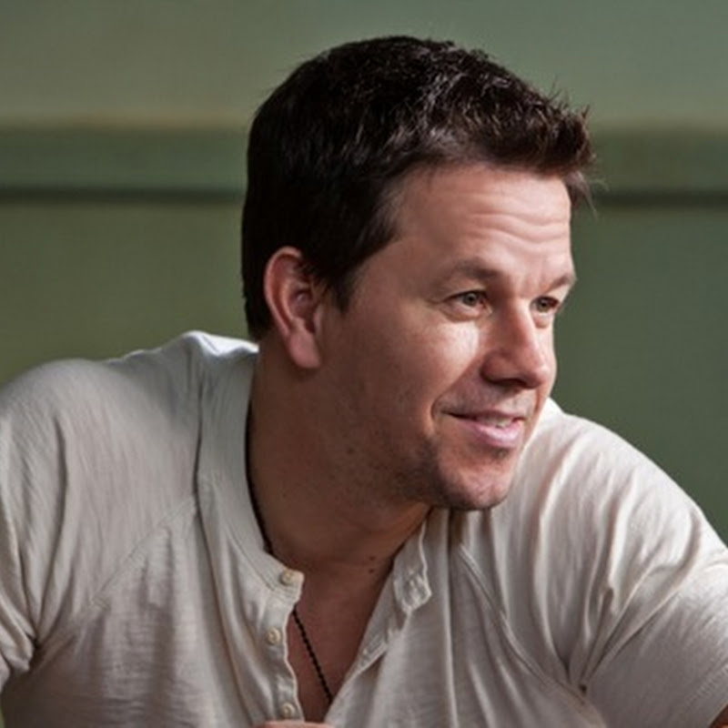 "Mark Wahlberg Goes Undercover in ""2 Guns"""