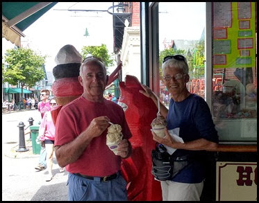 04g - Downtown Bar Harbor - Ice Cream for Lunch