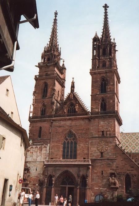 01. Biserica Munster din Basel.jpg