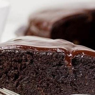 SENCILLO BIZCOCHO DE CHOCOLATE EN MICROONDAS