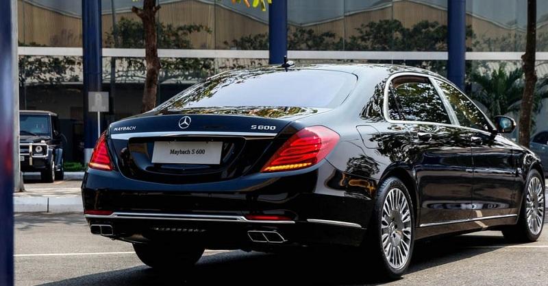 Xe Mercedes Benz S600 MAYBACH màu đen 09