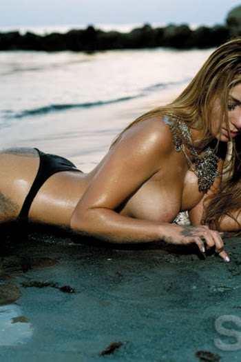Marilyn Patiño desnuda en SoHo Foto 14