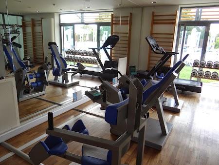 21. Gym la hotel Europa.JPG