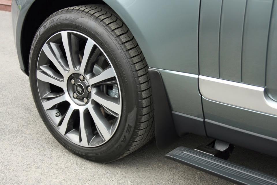 Xe Range Rover Vogue 05