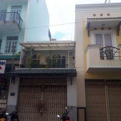 Bán nhà cấp 4 mặt tiền đường Thạch Lam Quận Tân Phú 1