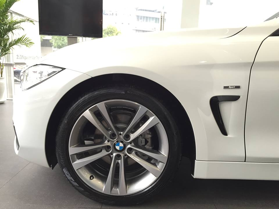 Xe BMW 420i Coupe 03