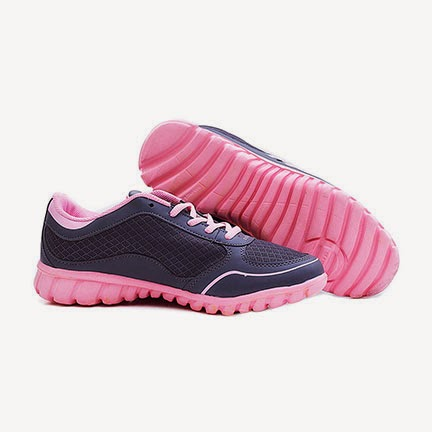 Sepatu Olahraga Keren Merk Adidas Buat Cewek  e60f85c485