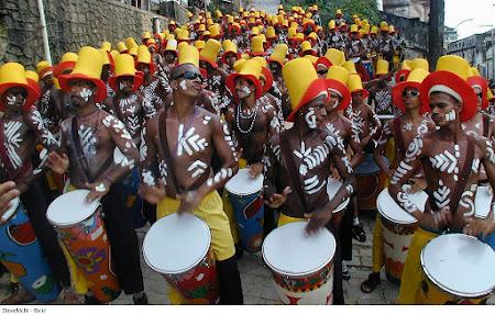 Carnaval Salvador Brazilia.jpg