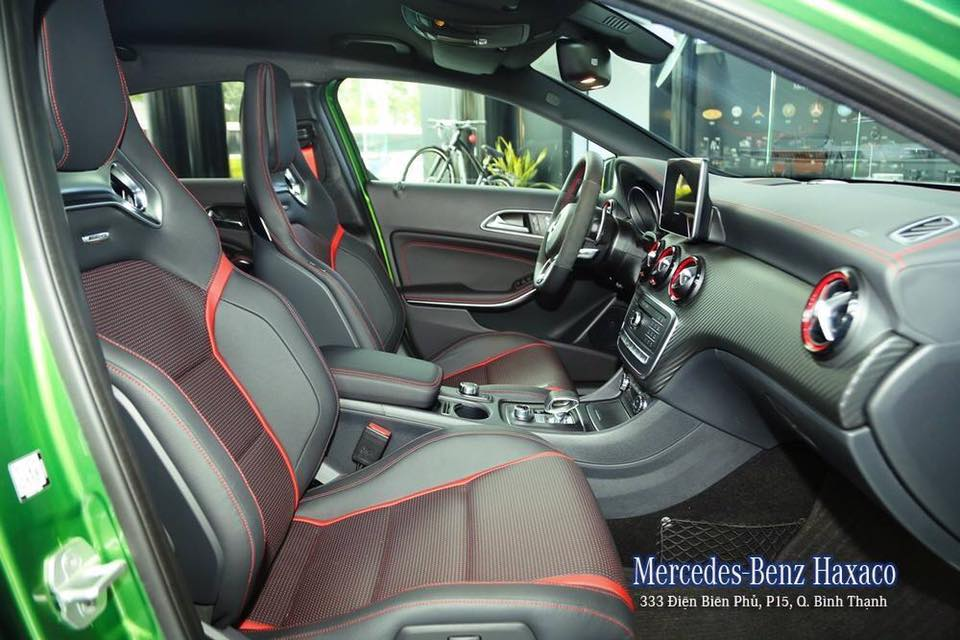 Mercedes Benz A45 AMG thế hệ mới 06