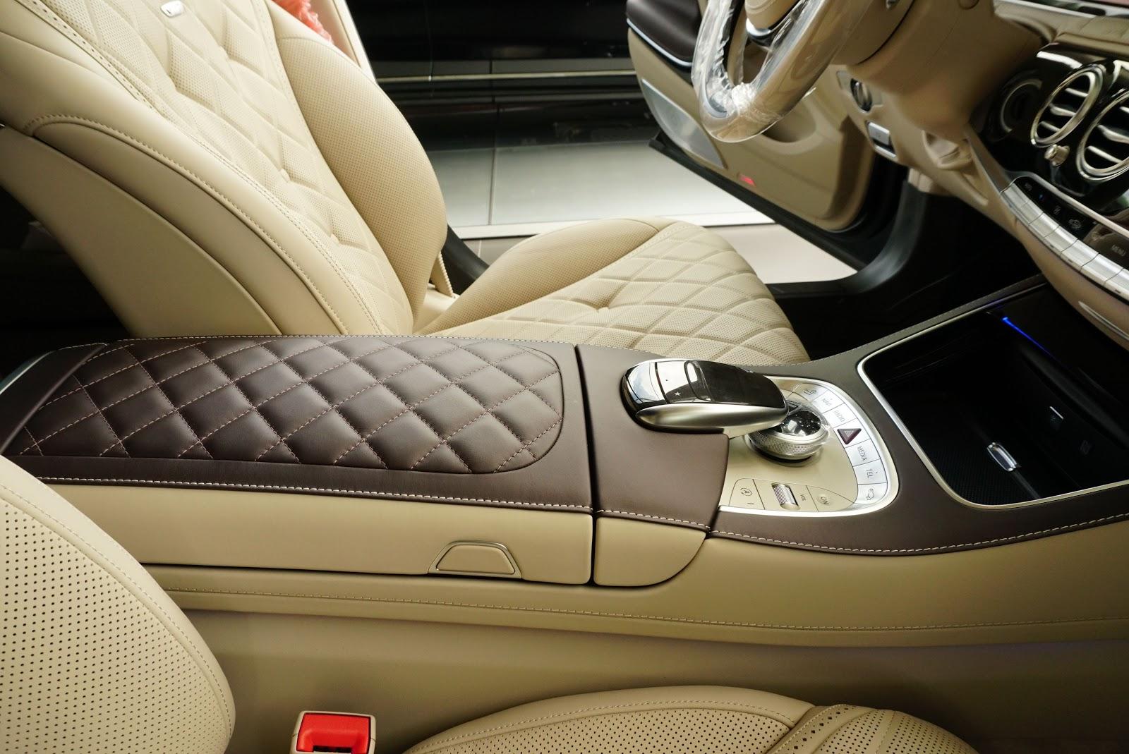 Nội Thất Xe Mercedes Benz S600 MAYBACH Màu Đen 05