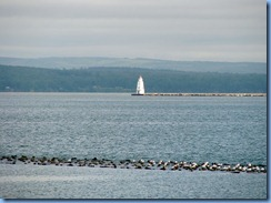 2771 Wisconsin US-2 East - Ashland - Lake Superior & Ashland Breakwater Lighthouse from Bayview Park, also known as Pamida Beach
