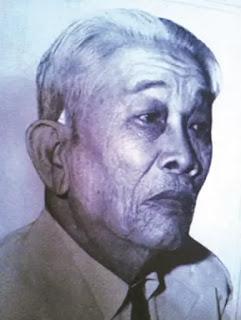 Thầy Năm Tú - người lập ra một trong những gánh cải lương đầu tiên ở miền Nam vào đầu thập niên 1920 và phổ biến cải lương nhờ phát hành đĩa hát.