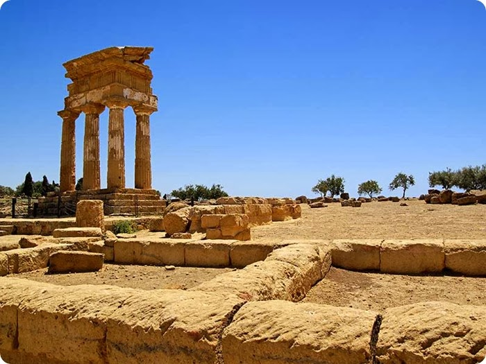 Agrigento_Temple-of-Castor-and-Pollux-_temple-of-Dioscuri_
