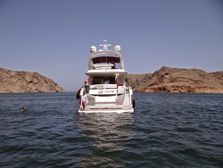 34. Snorkeling Oman.JPG