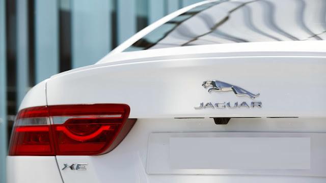 Xe Jaguar XE phiên bản 2017-010