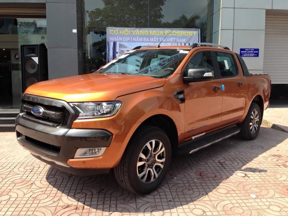 Xe Bán Tải Ford Ranger màu cam 01