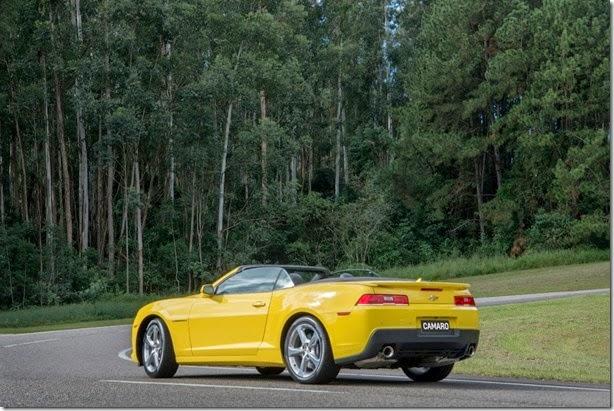 Chevrolet Camaro ganha versão conversível por R$ 239.900 - Novidades Automotivas