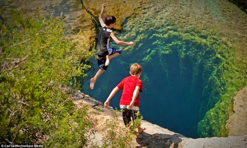 jacobs-well-1