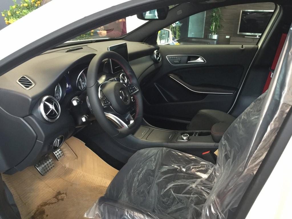 Giá Xe Mercedes Benz GLA250 g