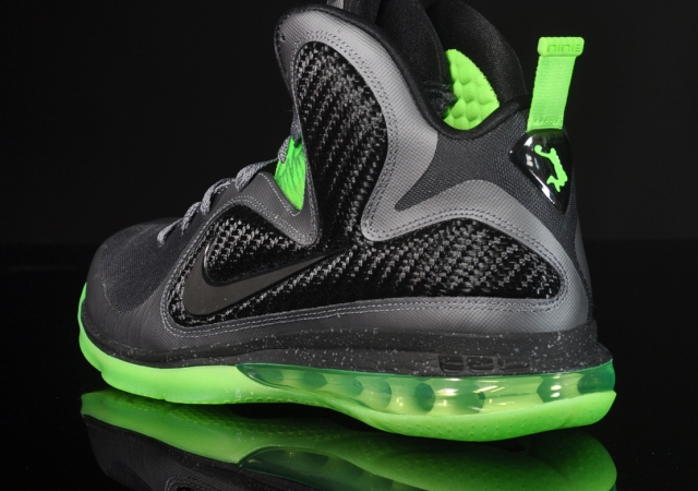 6ea8cd360506 ... Two Versions of LeBron 9 8220Dunkman8221 Available for Purchase ...