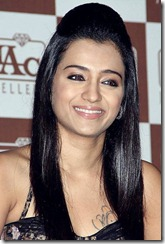trisha_cute_smile_pic