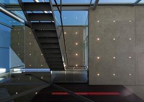 casa-muros-de-vidrio