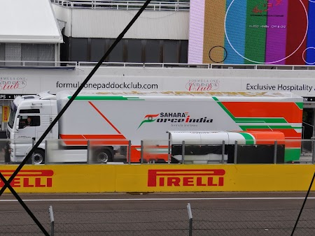 63. Camion Force India.JPG