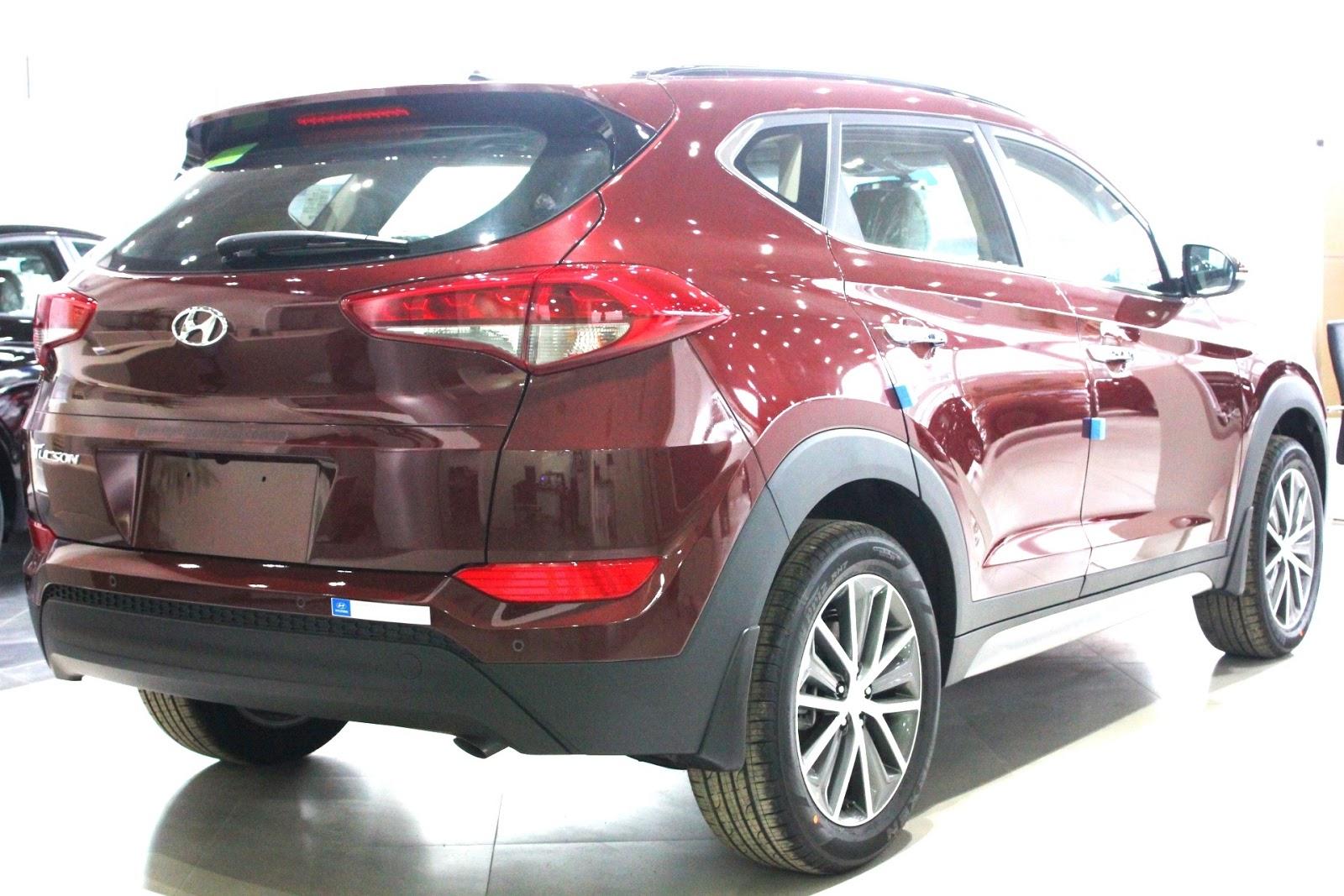Xe Hyundai Tucson 2018 màu đỏ 06