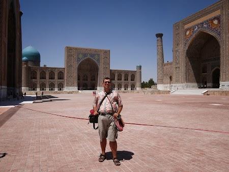 27. Piata Registan -  Samarkand.JPG