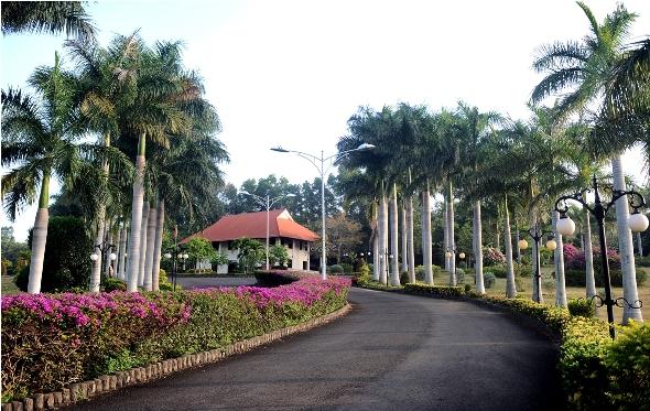 Ghé Thăm VietStar Resort & Spa