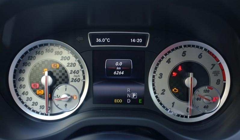 Nội thất xe Mercedes Benz A250 AMG Màu Nâu 2014 08