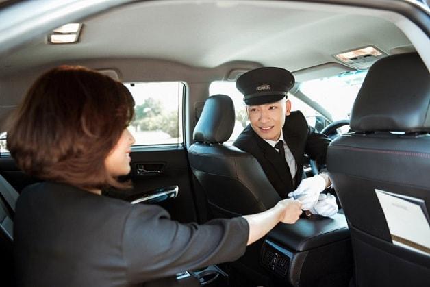 Premium Butler Transport